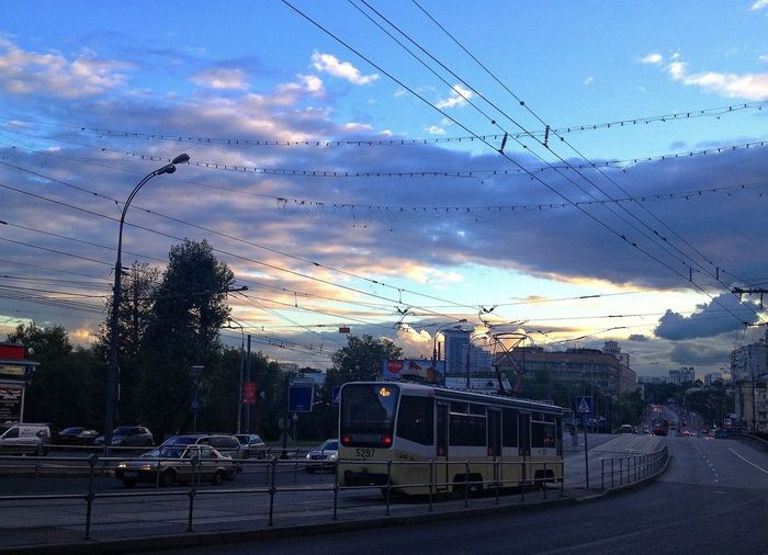 today the sky and clouds went totally crazy Moscow City Sunset #sun #clouds #skylovers #sky #nature #beautifulinnature #naturalbeauty #photography #landscape
