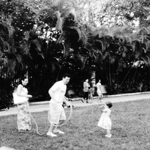 Essência da vida! Brazil Black And White Pretoebranco Brincar Família