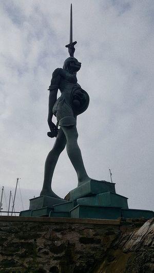 Statue Sculpture Human Representation Monument Male Likeness Art And Craft History Sky Patriotism Outdoors Shield Memorial Politics War Architecture