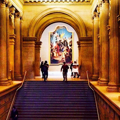 Metropolitan Museum of Art in NYC Art Columns Historic MetropolitanMuseumofArt Musuem NYC People Stairs