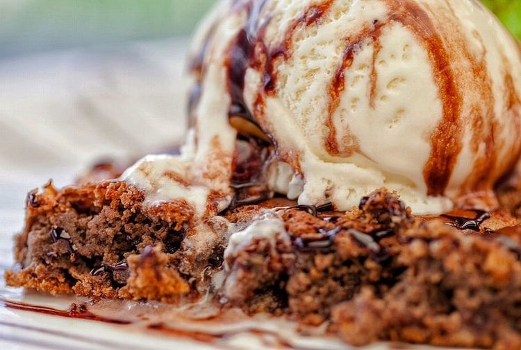 Been doing some product shots Foodphotography Ishootfeelings Ice Cream Brownie