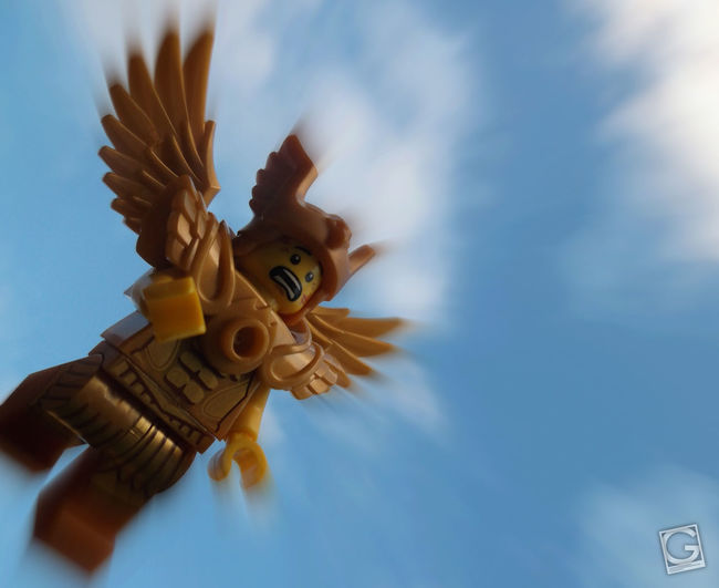 Metal wings don't work. #Lego #toyphotography