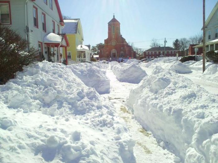 Beautiful, but cold Stroll To Church On Sunday White Color