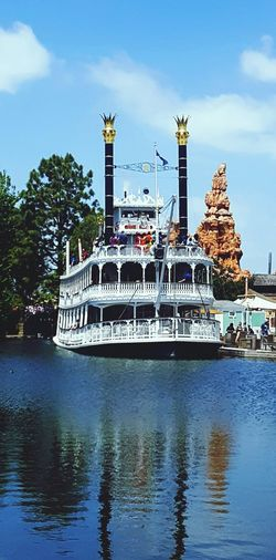 Mark Twain Riverboat Disney Disneyland Disneycalifornia Steamboat Mark Twain Riverboat EyeEm Best Shots EyeEm Eyeem Market DocShotPhotos Adventure Outdoors Amusment Park Theme Park Family Fun Vacation Travel Riverboat Riverboats Reflection Clear Sky Steamboats Paddlewheel Boat Water Water Reflections IShootFromMyWheelchair