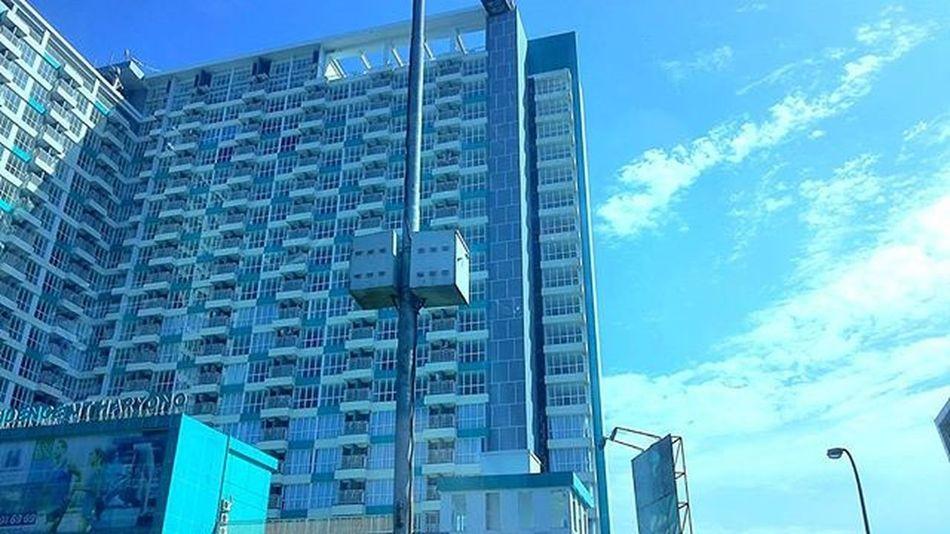 Selamat pagi Televisinet Jakarta Hotel Regramtime Regram INDONESIA Vscocam Fullcolor Mix