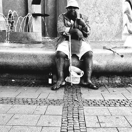 Streetphotography Streetphoto_bw Berlin My Fuckin Berlin Urbanphotography Busystranger People Peoplephotography Eye4black&white  Blackandwhite