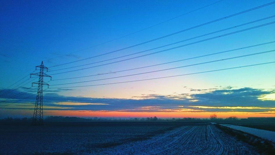 Good morning ❄ Sunrise Winter Field Sky And Clouds Sunrise_sunsets_aroundworld Sunrise_Collection Sunlight And Clouds It's Cold Outside Cold Morning Electric Tower  Pastel Power Learn & Shoot: Balancing Elements