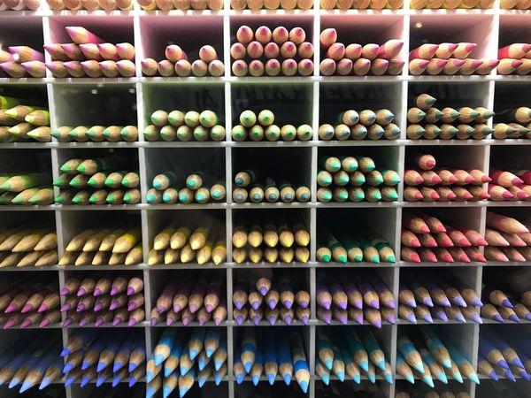 Color pattern