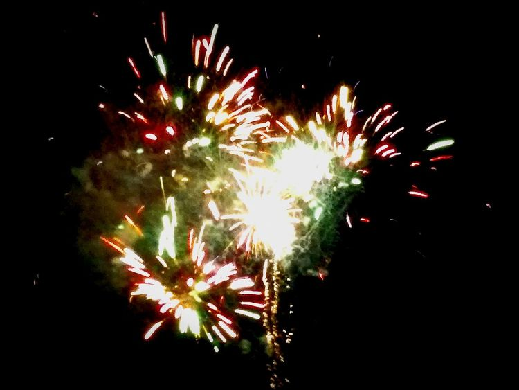 Fireworks Summertime Summer Nights Fireworks In The Sky Monrovia Family Time 2016