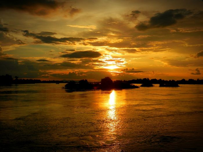 Sunset Mekong River LAO Laos Dondet 4000 Islands Mekong Falls ASIA Cambodia Hanging Out Relaxing Enjoying Life Tranquil Scene Thinking About Life Backpacking Water River Bagpacking Trip Rainforest Tranquility Landscape