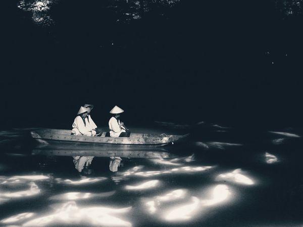 Summer Illusion Projection Mapping Drawing Mifuneyama Rakuen Pond Night Lights Nightphotography Elegance Everywhere Water Reflections Noiretblanc Blackandwhite