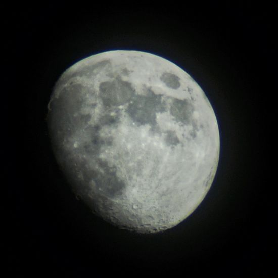 The moon is shining on🌚🌟🌚 Eyeemphotography Fotografie Fotografia EyeEmNewHere Weltblick Moon Moonlight Astronomy Space Moon Space Exploration Clear Sky Half Moon Moon Surface Exploration Discovery Planetary Moon Astrology Moonlight Galaxy Full Moon