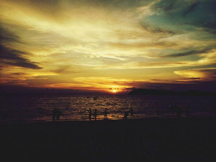 Enjoying The Sun Enjoying Life Sunset Beach