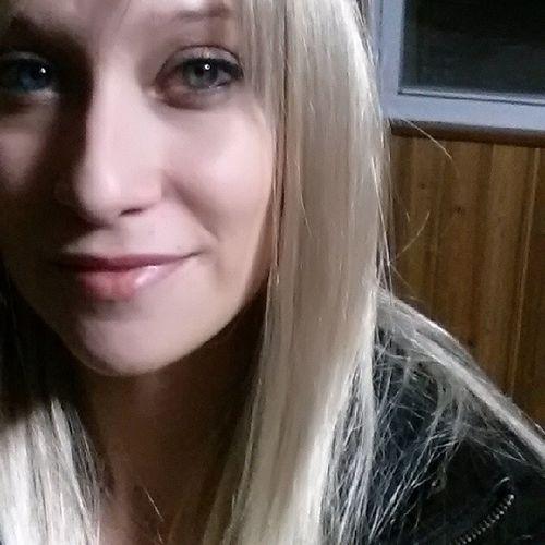 Brighteyes  Eyes Beautifuleyes Blonde princessleatherjacketpunkrockprincessmilf