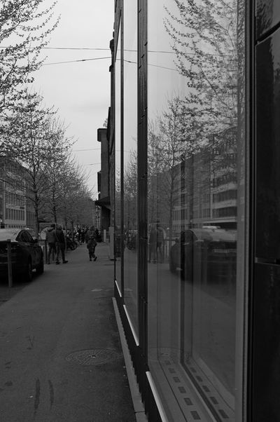Architecture Building Building Exterior Built Structure City City Life Culture Exibition Fassade Incidental People Kunsthalle Zürich Spring Street Streetphotography Zurich, Switzerland Zürich Zürich My City Black & White Blackandwhite Monochrome The Great Outdoors With Adobe The Architect - 2016 EyeEm Awards