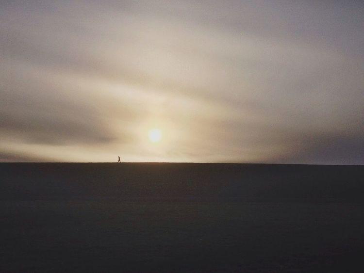 hello little wayfarer Silhouette The Great Outdoors - 2015 EyeEm Awards Wanderlust Landscape Traveling Nature Light And Shadow Bestoftheday Hello World EyeEm Nature Lover EyeEm Best Shots - Nature