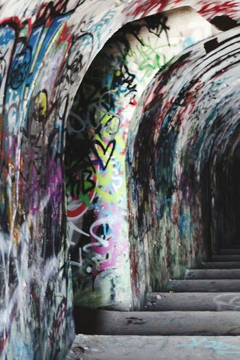 Multi Colored Paint Tunnel Painted Image Street Art Dirty Graffiti Architecture Spray Paint Diminishing Perspective Messy Aerosol Can Passageway Spray Bottle Paint Can Worn Out Vandalism Scribble Archway vanishing point