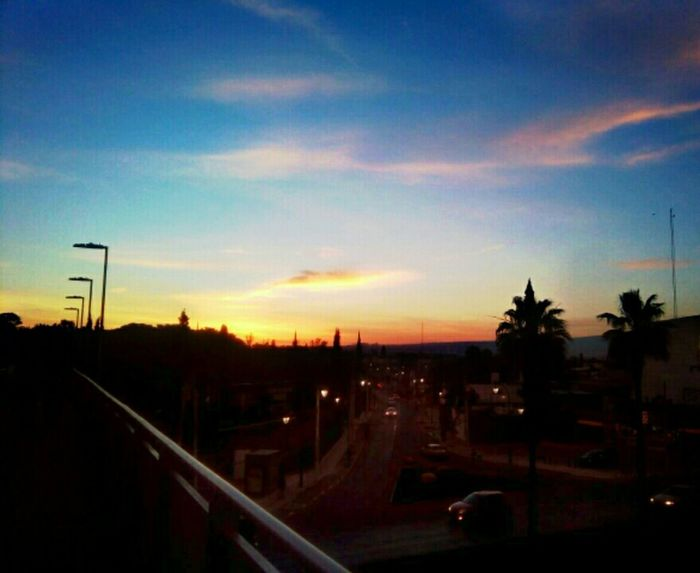 """Una mañana linda"" City Life Twilight Sky Beautiful Day"