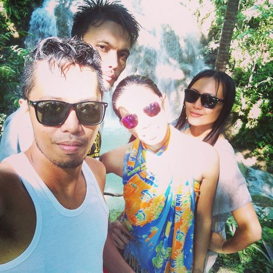 Yesterday's Partners in Crime to Lugnason Falls and Paliton Beach. Thanx, I'm happy. @sexygelyn @km @Edgar Lugnason Friends Siquijor Bugwas