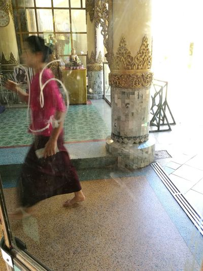 One Person Travel Myanmar HuaweiP9 People Mirror Capture The Moment Candid Photography Huawei P9 Leica Budhism Temple