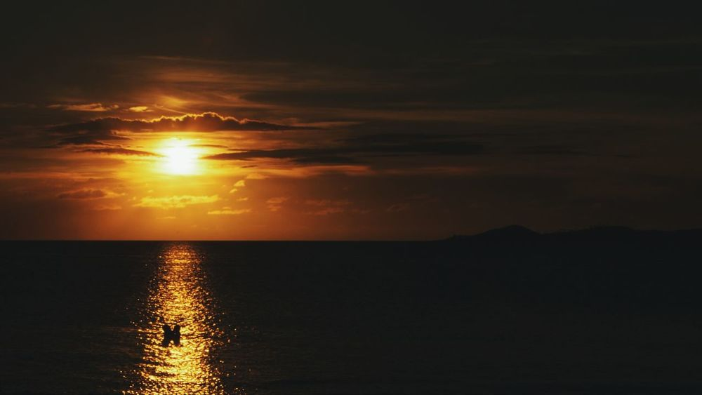 Calaguasislands Sunset Summer Beach Traveling Travel Philippines