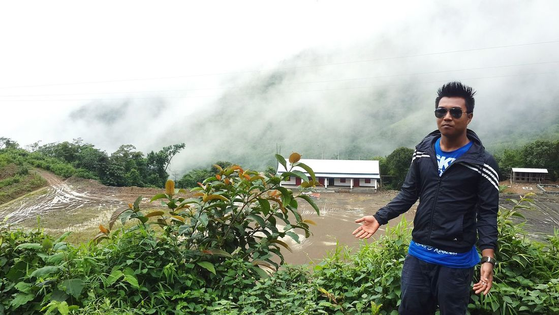 An adventure to godland. This place is covered by clouds whole day. Incridible india.