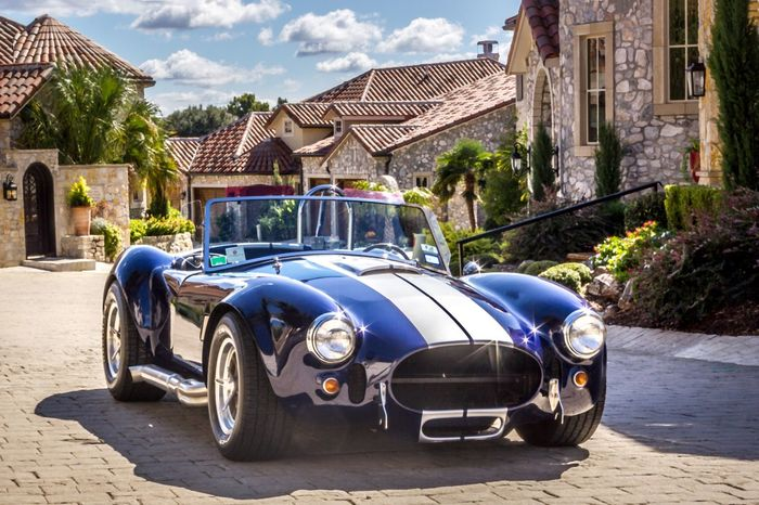 Luxury Old-fashioned Car Blue Retro Styled Architecture Collector's Car Built Structure Outdoors Building Exterior No People Sky Day Mediterranean  Muscle Cars Custom Cars Luxury Lifestyle Luxury Living Racecar Power The Week On EyeEm Second Acts