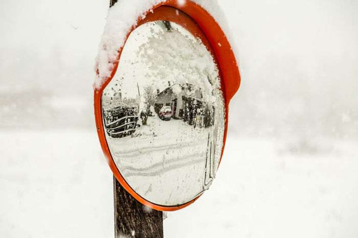 Close-up Erster Schnee First Snow Outdoors Schnee Snow Spiegelung Winter
