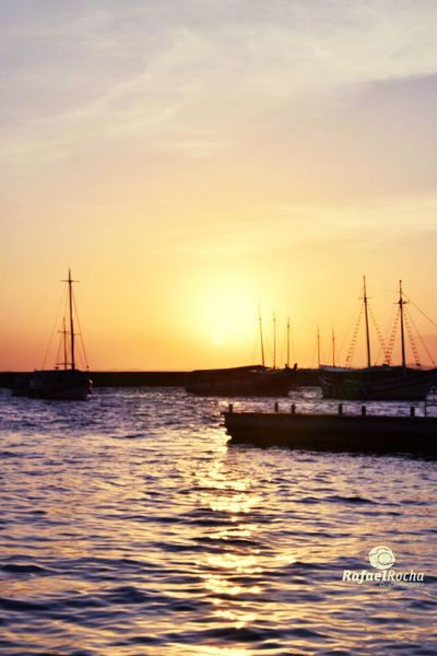 Pôr do sol Sunset Water Sea Beauty In Nature Tranquility Tranquil Scene Nature Photography Cais Barcos E Navios