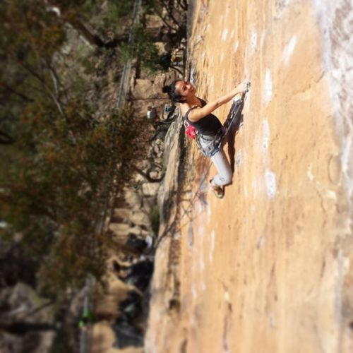 At the crux and still smiling. That's a good sign! Climbing Alldayeveryday  클라이밍 Latergram aus bluemountains