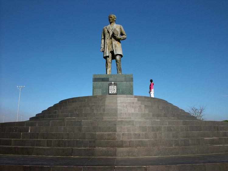 Eyeem Philippines History Landmark Monuments Rizal RizalPark Sculpture Statue Street Streetphotography The Tourist Travel