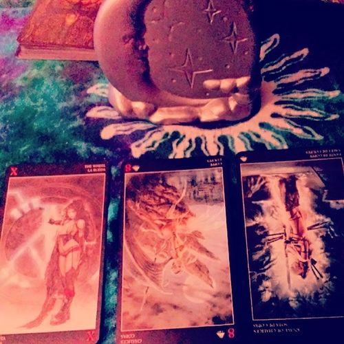Moon Evening Ddg Ddgreading desire deservingof receiving luisroyotarotdeck luisroyo tarotcards tarotdeck tarotspread tarotreading tarotcloth