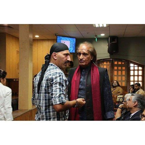 """Raghu Rai with his son Nitin Rai At the launch of """"Creative Image Magazine"""" RaghuRai Delhiphotofestival Magnumphotos Dpf"""