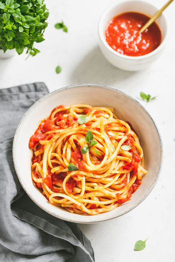 Food And Drink Italian Food Pasta Food Bowl Ready-to-eat Freshness Healthy Eating Table Indoors  Spaghetti Wellbeing Indulgence Serving Size Still Life Herb Vegetable High Angle View No People Meal Tomato Sauce Garnish Temptation Crockery