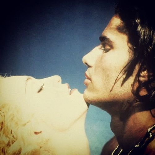 Express Yourself so you can Respect Yourself Madonna Expresstourself