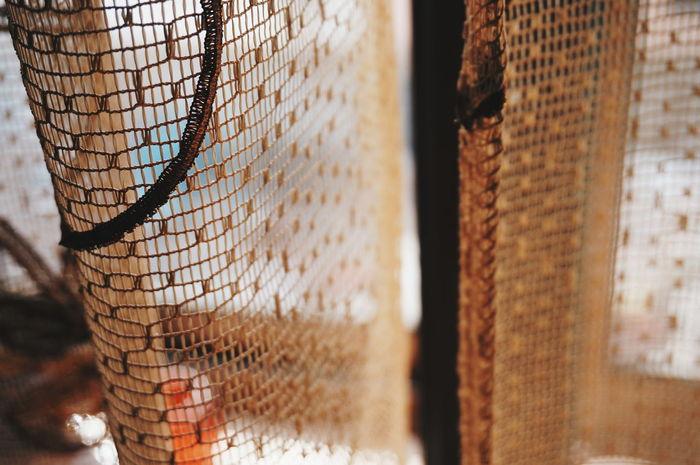 لغاية في نفسي كنت قد.... MnM MnMl Mnmlsm Minimalism Minimal Minimalistic Minimalmood Minimalist Minimalobsession Minimalart Minimalarchy Behind The Scenes Behind The Curtain Behind The Veils Cage Trapped Red Shades Of Red Red Vs Orange Mobilephotography Shootermag AMPt_community Vscocam VSCO Snapshots Of Life