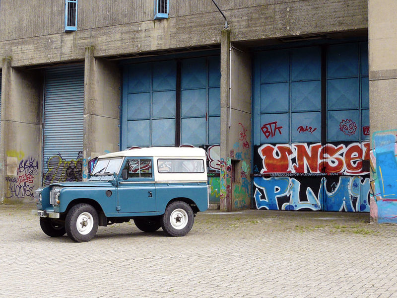 Abandoned Abandoned Buildings Abandoned Places Adapted To The City Architecture Building Exterior Car Day Graffiti Heritage Heritage Building Land Rover Land Vehicle No People Oldenburg Oldtimer Outdoors Vintage Vintage Cars