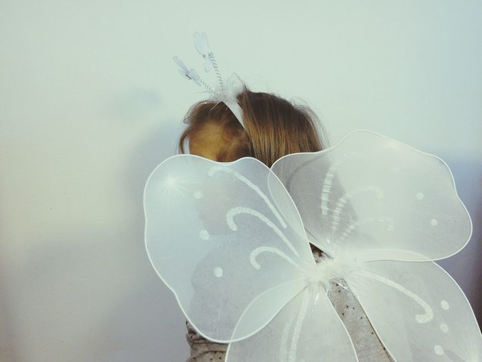 Fairy Costume Fairy Wings Kid Kids Being Kids Kids Playing White Background Preschool Age Litlle Girl Long Hair Sillouette Butterfly Carnival Fresh on Market 2017 Lieblingsteil