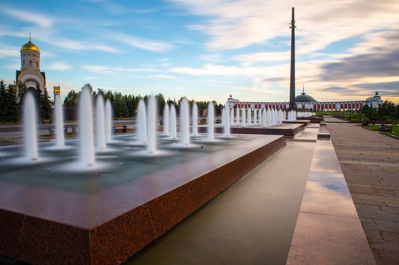 EyeEm Selects :) Sky Architecture Cloud - Sky Built Structure Water Building Exterior Outdoors Travel Destinations Day No People Tree парк победы Moscow Long Exposure Fountain