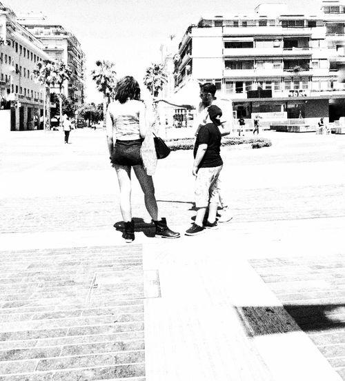 Versus People Street Photography Taking Photos Peoplephotography Streetphotography Urban Lifestyle AMPt_community People_bw People Watching NEM Black&white