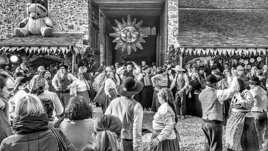 Traditional Dance Janvry Christmas Market Suburb of Paris IleDeFrance France Large Group Of People Traditional Clothing People EyeEm Iphoneonly Iphonephotooftheday IPhoneography Iphonephotography EyeEm Best Shots Photooftheday EyeEm IPhoneography Mobilephotography EyeEm Gallery Iphonographie Bnw Blackandwhite Moment