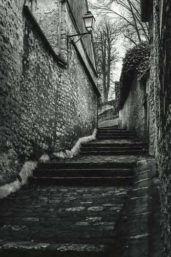 Stones stairs Provins - France Stones Stairs Stairs Black & White Black And White Odl Town MedievalTown Medieval City The Week Of Eyeem