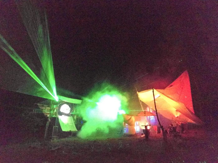 DIY Green Homemade Lighting Equipment Orange Smoke Festival Forest Rave Grain Hidden Party Illuminated Laser Night Party Tent