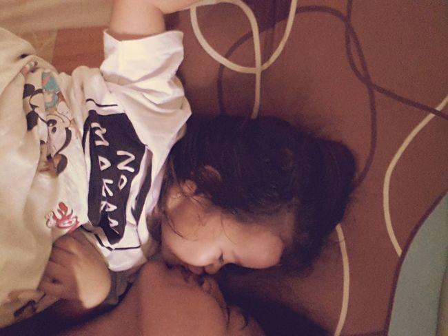 HollyCrowle Kiss Mummy