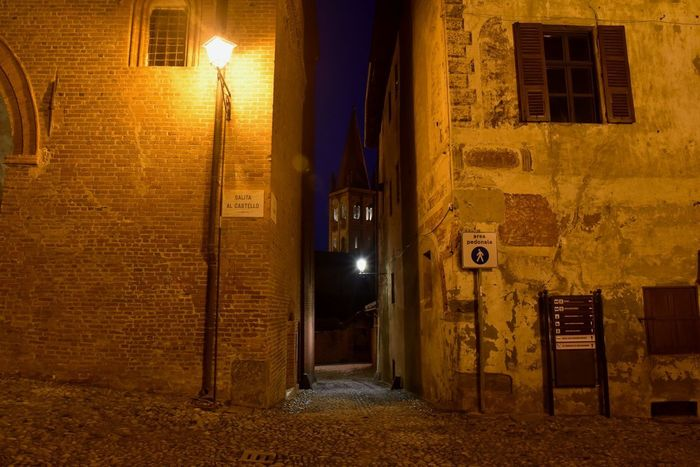Libertá Outdoors D750 Nikon Arguello Friendship Piedmont Italy Nikonphotography Fullframe Old City MedievalTown Door Architecture Built Structure No People Building Exterior Illuminated Night