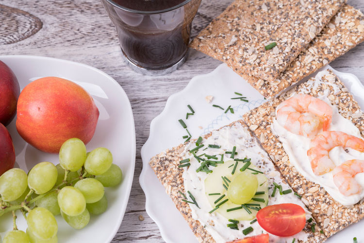 Breakfast Breakfast Coffee Food And Drink Green Pink Ready To Eat Relaxing Shrimp Clos Up Crispbread  Food Food Still Life Foodphotography Fresh Fruits Grapes Healty Nektarinen No People Quark Table Tomatoes White White Background Wood - Material