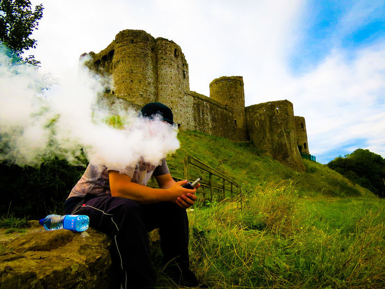Amature Photography Castle Chilling Cloud Chaser Cloud Chasing Griffin 25 Sigelei 213 Vape Vaping Vapingcommunity Wales