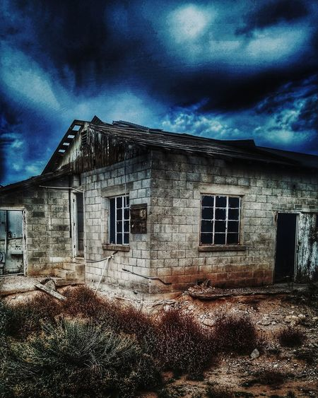 Abandoned Places Abandoned & Derelict Abandonedplace Abandonmilkhouse Derelict No People Oldfarmhouse