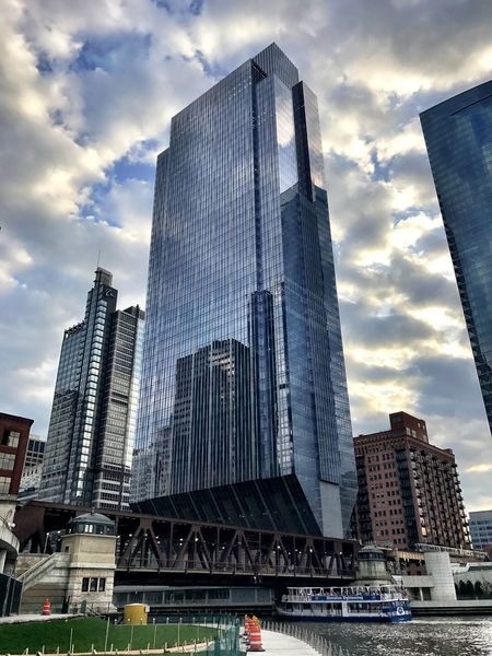 Clarity always creates surreal images Architecture Skyscraper Building Exterior Built Structure Modern Tall - High Sky City Tower Low Angle View Cloud - Sky Travel Destinations Urban Skyline Downtown District Outdoors Financial District  Cityscape Clarity Camera Plus