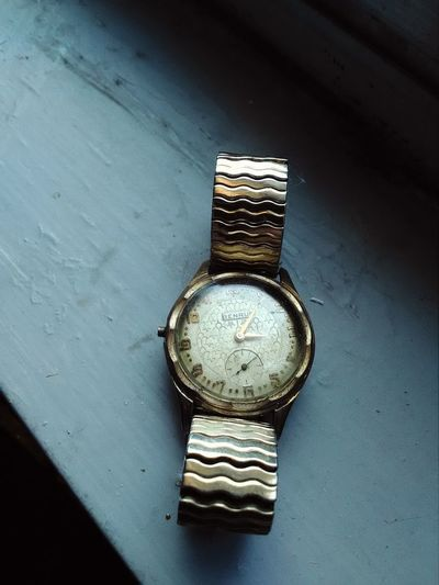 Geometric Shape Circle Man Made Object No People Close-up Full Frame Focus Clock Watch Vintage Old School Urban Geometry